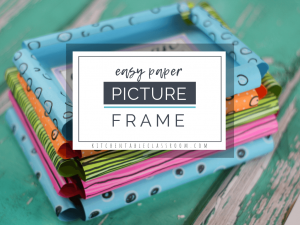 This DIY picture frame template makes the easiest paper picture frame ever- and so cute. Grab the paper and markers for this easy picture frame craft!