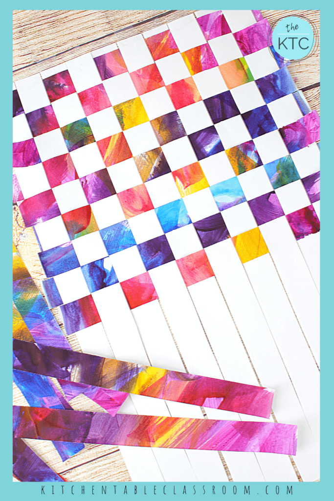 How to begin weaving paper strips to make a woven placemat